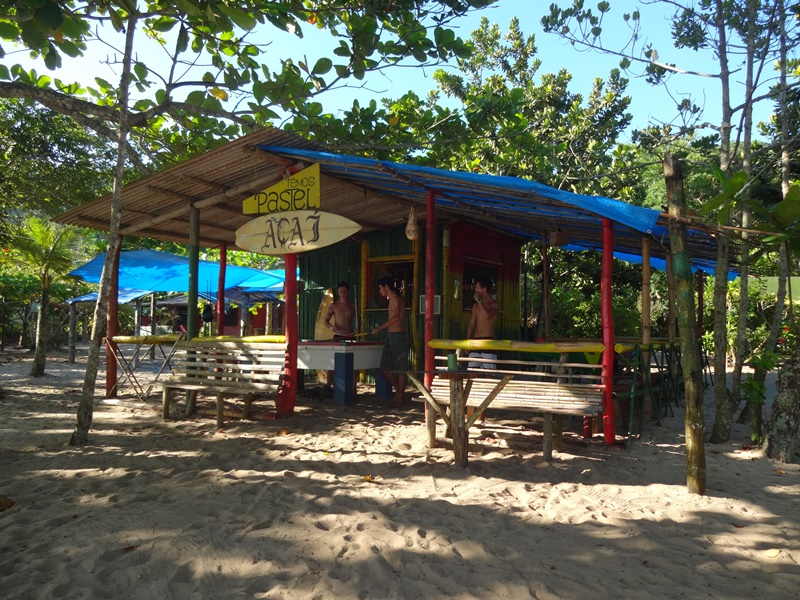 Bar do Açaí, ao lado do Camping do Izac