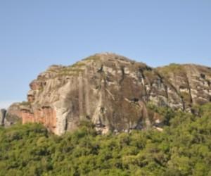 Galpão de Pedra 01