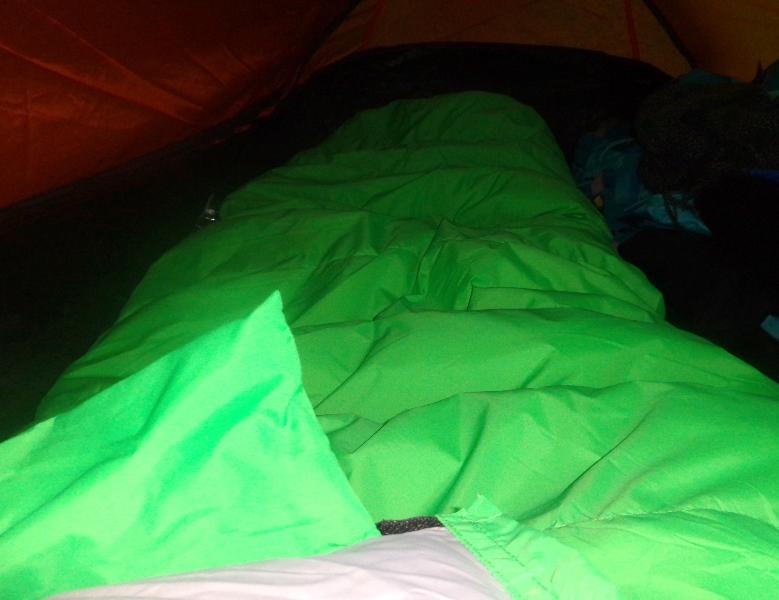 Acampando com o Saco de Dormir