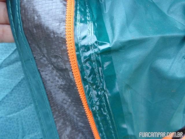 Detalhe da selação das costuras