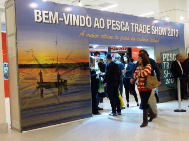Read more about the article FuiAcampar na Pesca Trade Show 2013